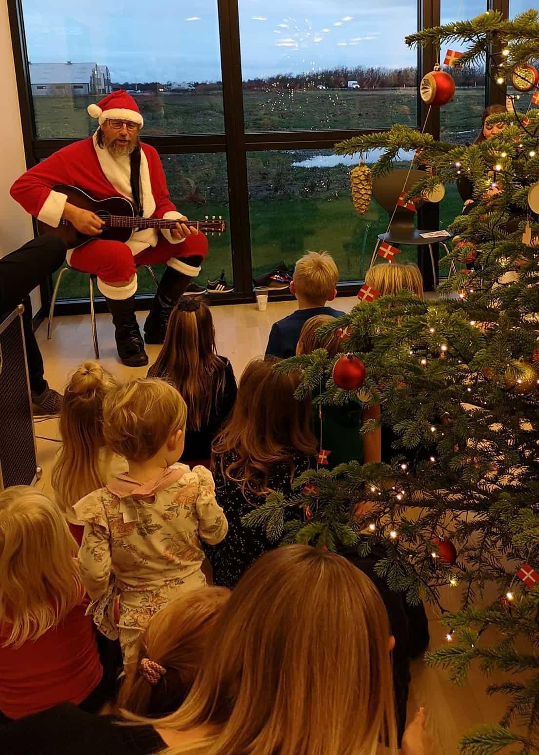 Vellykket Juletræs fest.