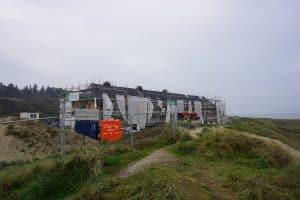 Byggefirmaet Keld og Johs bygger svinkløv badehotel.